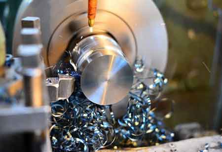 How Modern Machining Tools Help the Metal Industry Create Fine Products?